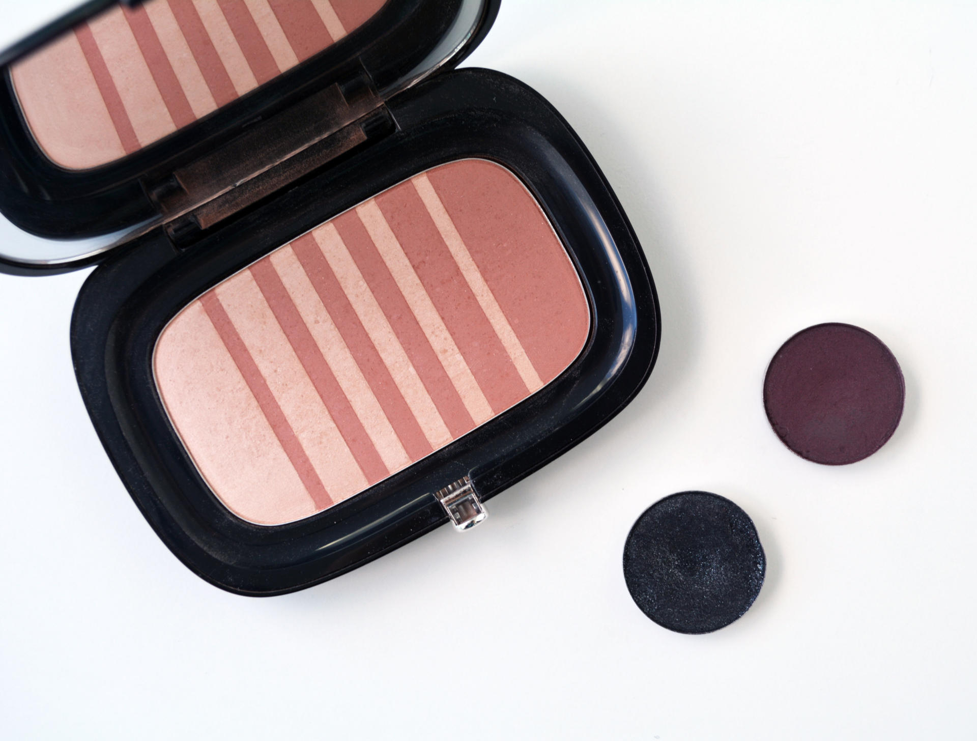 Marc Air Blush Soft Glow Duo in 506 Flesh & Fantasy